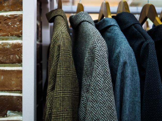 Jaket berbahan wol
